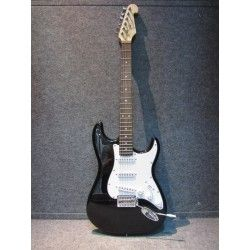 ELECTRIC GUITAR STRAT. SQU13-00